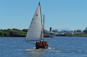 1st Paarl Scouts sailing on the Vlei